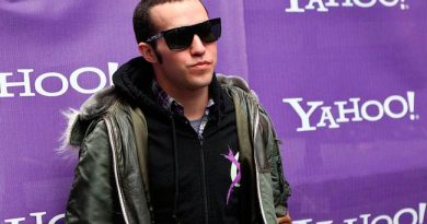 Pete-Wentz-Biography-Networth-Career-Bodymeasurement