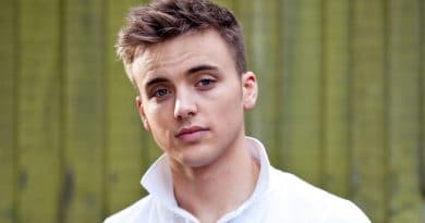 Parry Glasspool-relationship-career-biography-networth-bodymeasurement