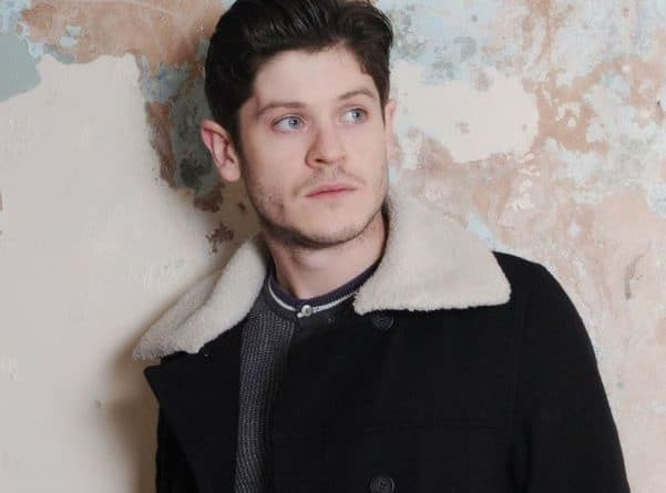 Iwan-Rheon-biography-Wiki-Education-Bodymeasurement-Family-Wedding-Dating-Career-Networth-Salary